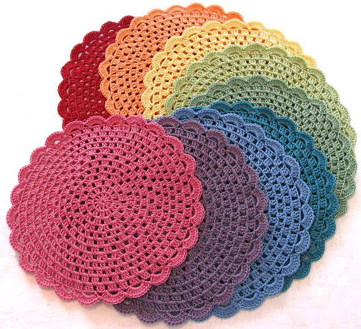 Free Crochet Coasters and Placemats Patterns: Easy Round Coaster