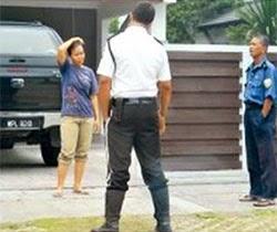 Thumbnail image for Isteri & Anak Kapten Zaharie Lari Rumah Sehari Sebelum MH370 Hilang