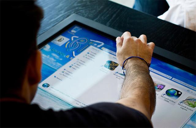 Mozayo Tablet Terbesar di Dunia