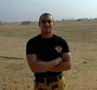 مشاهدة فيديو الشهيد وائل المر اثناء سقوطه من طائرة هليوكبتر على سطح الهرم اثناء تدريبات عسكرية