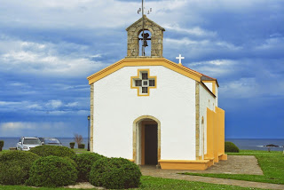Puerto de Vega, capilla de La Atalaya