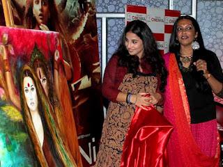 Vidya Balan at Kahaani painting