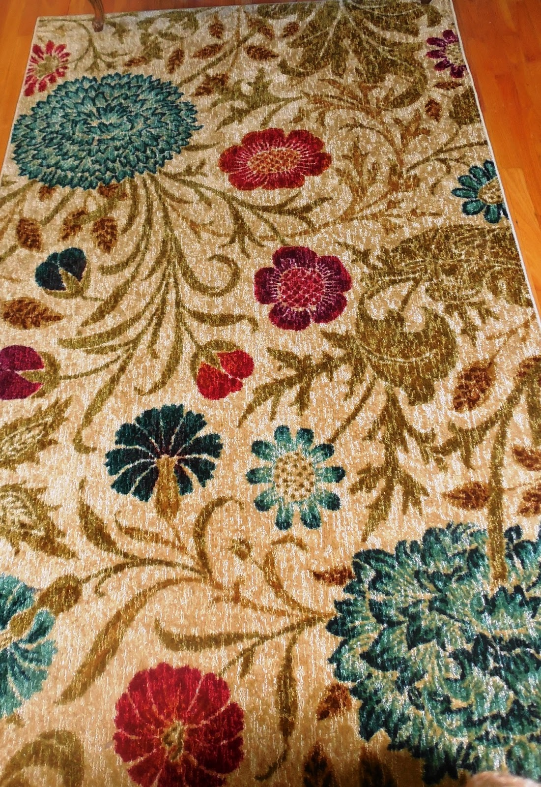 For my review  I chose the Mohawk Home Bettina 5 x 8 rug  I. mohawk home rugs   Roselawnlutheran