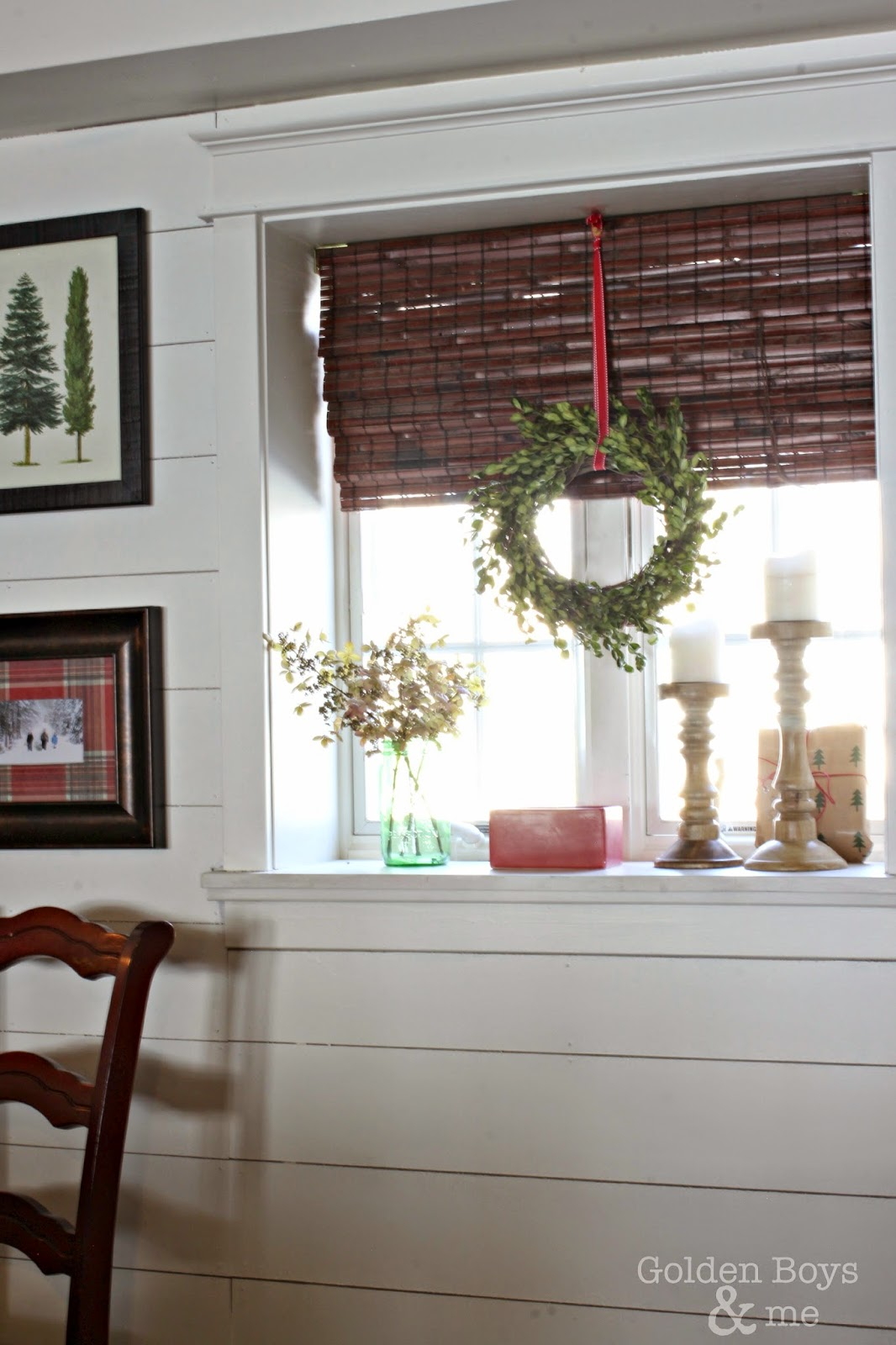 DIY boxwood wreaths on white planked wall-www.goldenboysandme.com