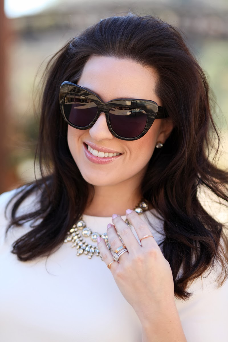 house-of-harper-chelsea-sunglasses-jcrew-jewelry-king-and-kind-san-diego-style-bloggers-bobbi-brown-pastel-lipgloss