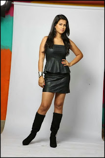 Actress Sharmila Mandre Latest  Pictureshoot Gallery in Leather Dress  0002