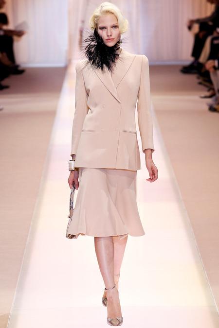 Armani priv haute couture sonbahar k 2013 14 for Haute couture suits