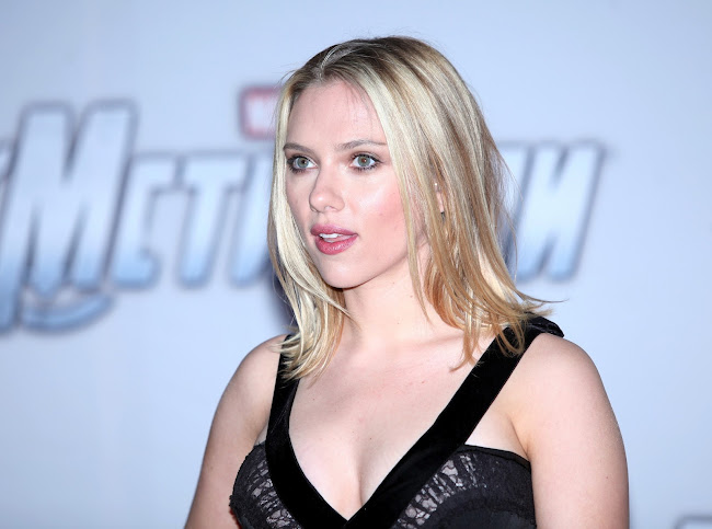 Scarlett Johansson atTHE AVENGERS Premiere in Moscow