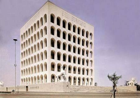 Quartiere Europa (Eur) a Roma, Italia. Palazzo della civiltà italiana. 1937-1943