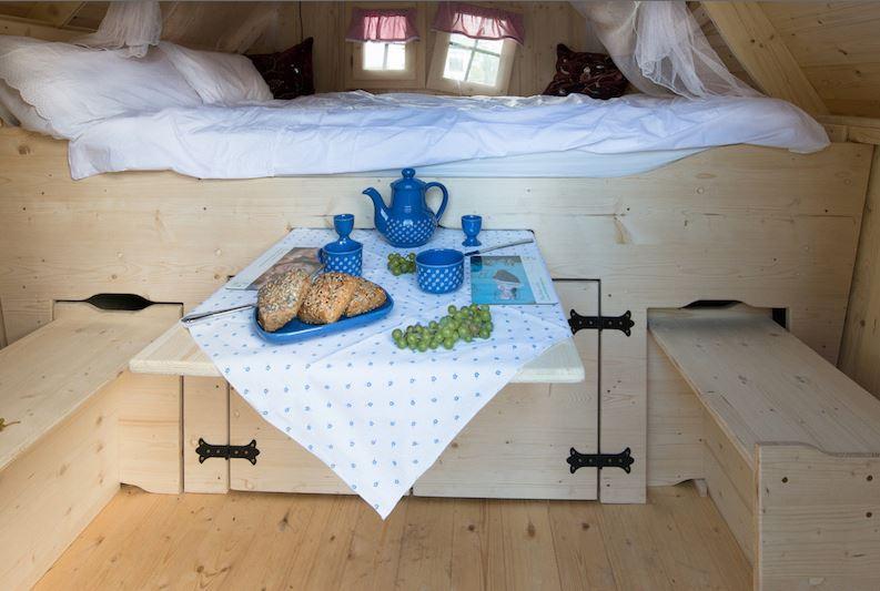 meiselbach mobilheime gartenhaus mit schlafplatz. Black Bedroom Furniture Sets. Home Design Ideas