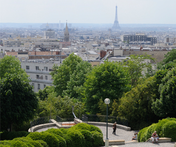 The domestic curator travel tuesday parisian picnics - Jardin de belleville paris ...