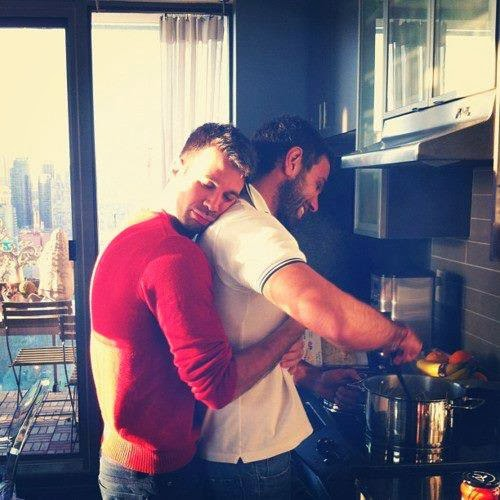 Gay Relationships and Gay Dating Online