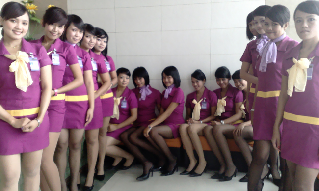 Ready to be a pramugari? ~ World stewardess Crews