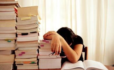 10 خطوات للتغذية السليمة في فترة الامتحانات...