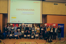Diplomas y premios a las Mejores Ideas de la XIII actúaupm