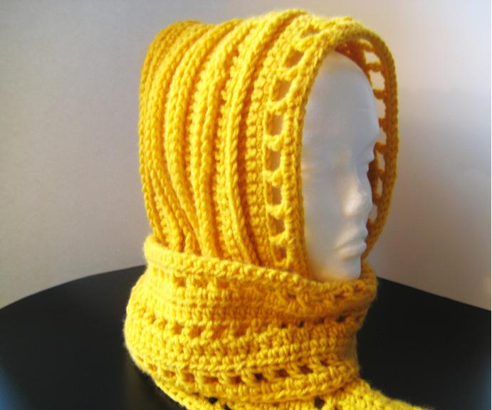 Easy Knitted Hooded Scarf Pattern Free : Crochet Dreamz: Aesthetic Hooded Scarf (Free Crochet Pattern)