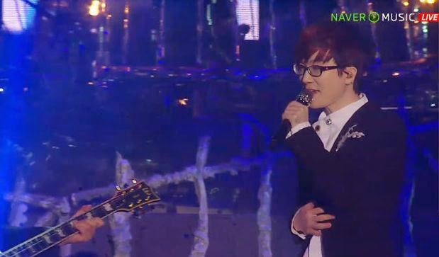 Seo Taiji ends a five-year performance hiatus with a comeback concert 'Christmalowin'