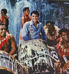 Elvis in TV - PARADISO HAWAIANO