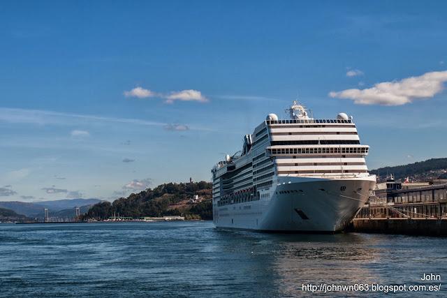 msc poesia, msc crociere, passengers ship