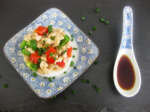 Picada de pollo en salsa de ostras con arroz