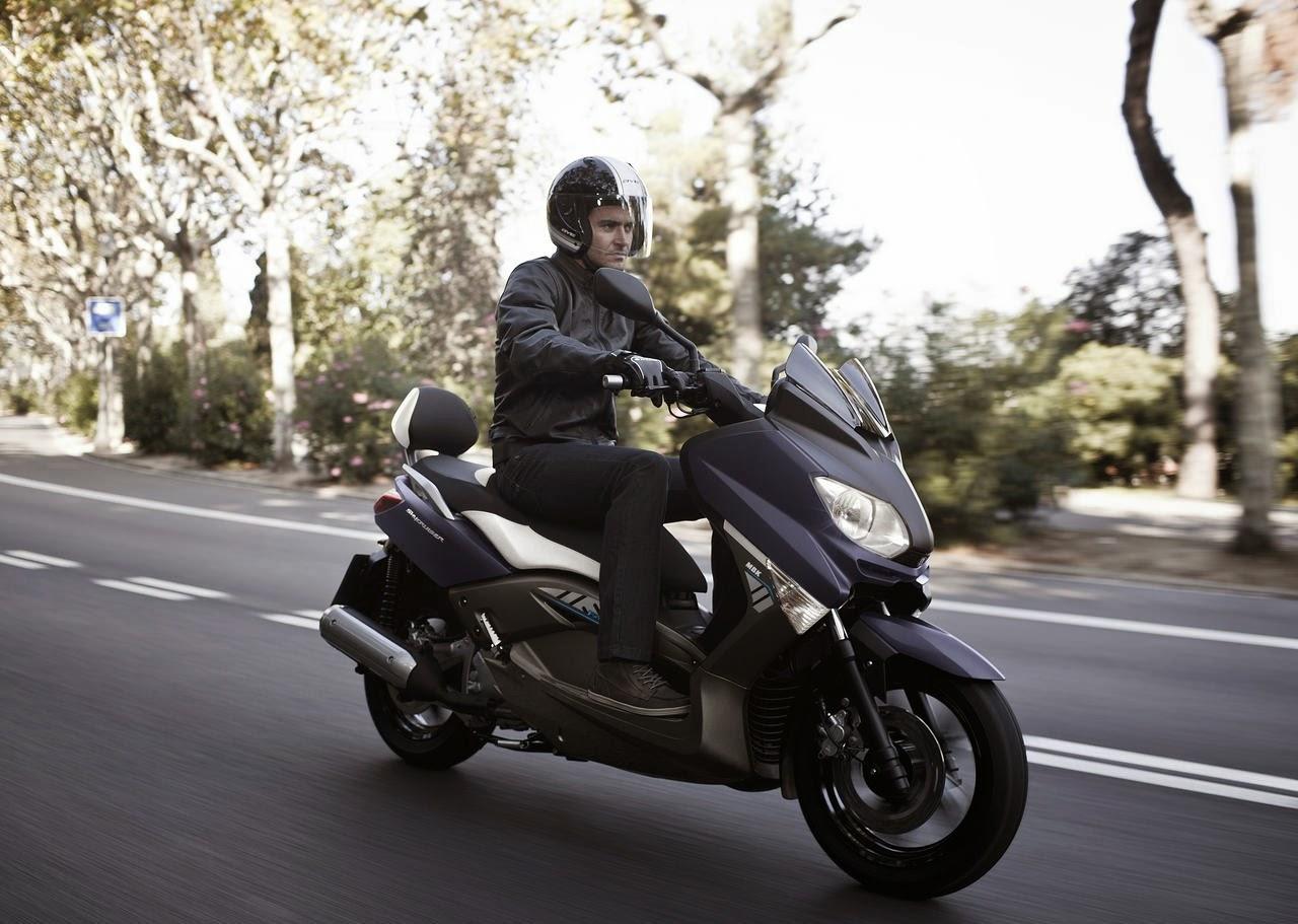 MBK Skycruiser 125cc Sport Scooty Price