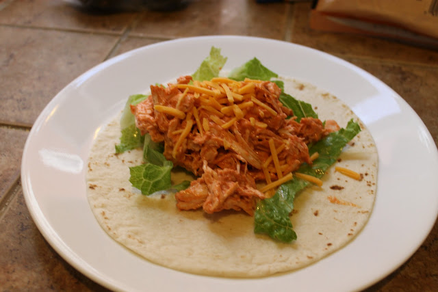Crock pot buffalo chicken, buffalo chicken