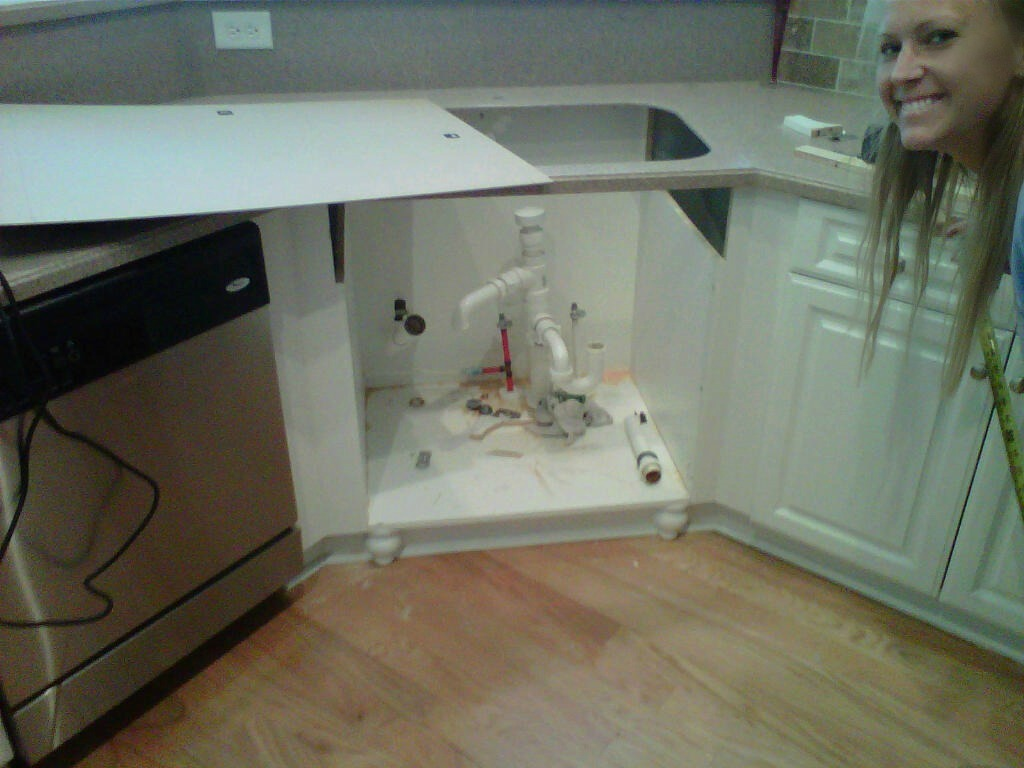 Pakas Collection: Farmhouse Sink Installation With countertop ...