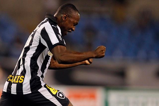 Sassá garante a terceira vitória seguida do líder Botafogo