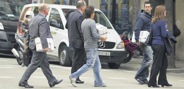 Metodo 3 Met police follow  new leads - 30 boxes taken El+Periodico+Cataluna+14+Dec+2011