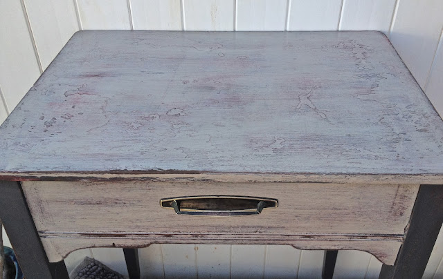 antique seing table grey