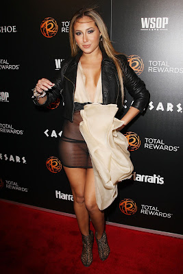 Adrienne Bailon Flashing The See-Through Dress Pantyless Pussy On The Red Carpet
