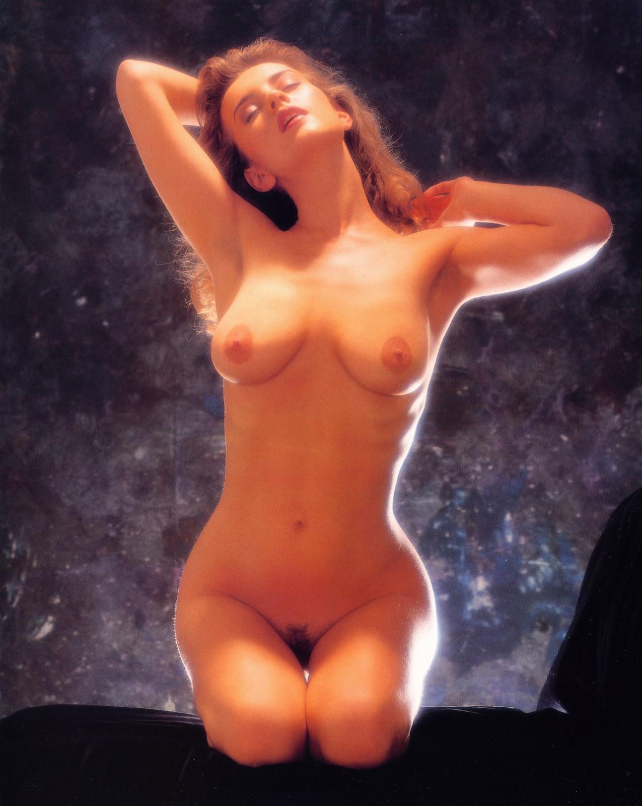Angel at vintage erotica