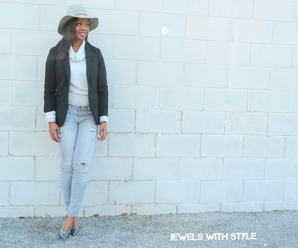 monochrome, gray outfit ideas, blazer outfit ideas, outfit ideas with hat, how to wear one color, silver pumps, gray purse, gray hat, gray jeans, gray turtleneck, jewels with style, columbus blogger, black fashion blogger, black style blogger, columbus fashion blogger