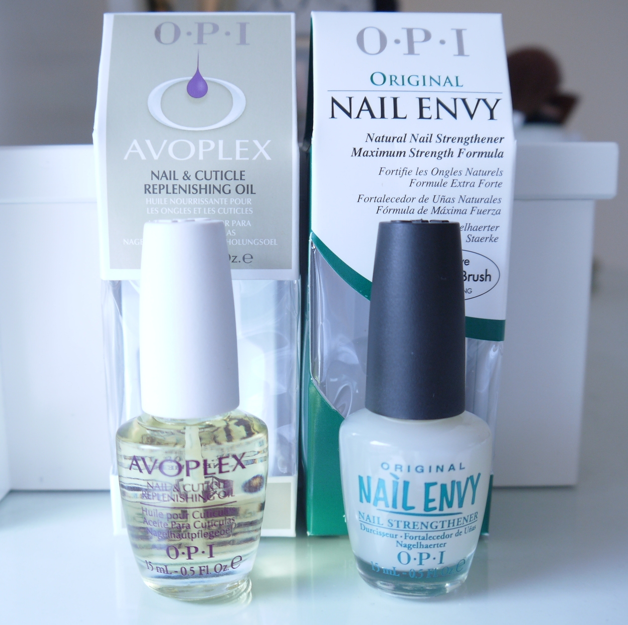 BEAUTY & LE CHIC: OPI Nail Envy... my Nail Saviour