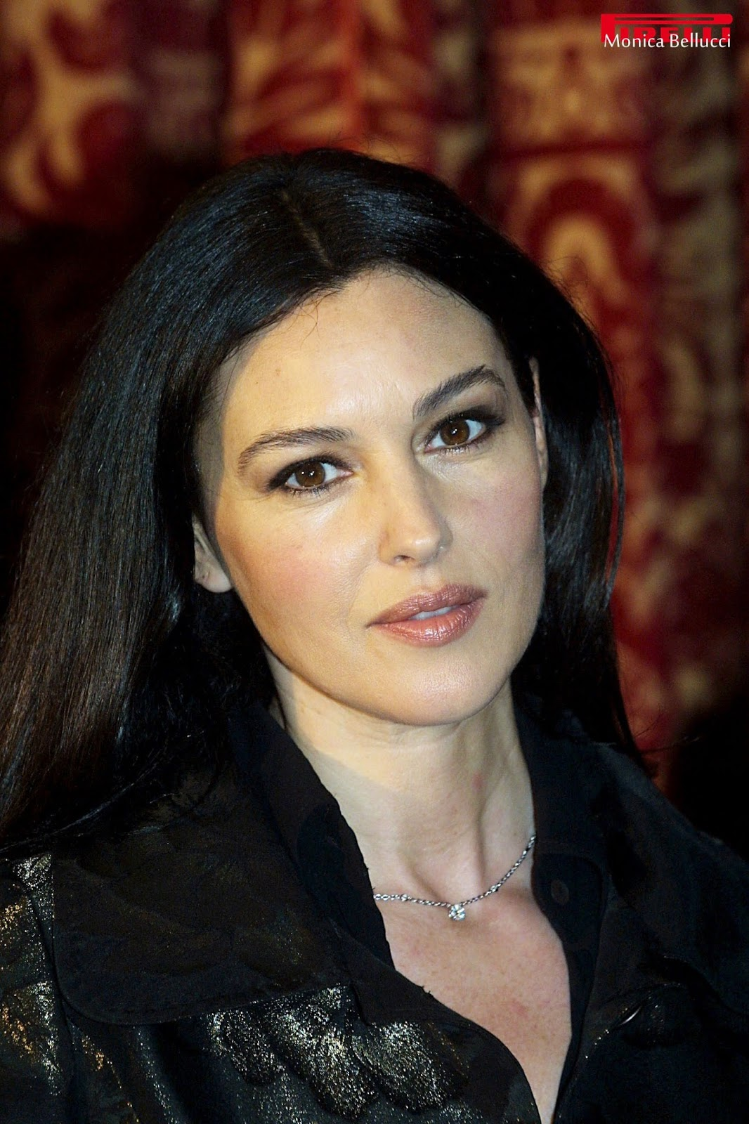 hollywood actress monica bellucci know rare. Black Bedroom Furniture Sets. Home Design Ideas