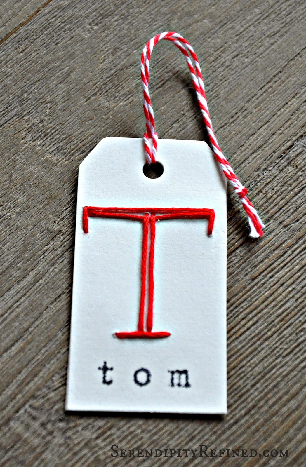 Christmas holiday personalized monogram gift tag craft for Embroidered tags personalized