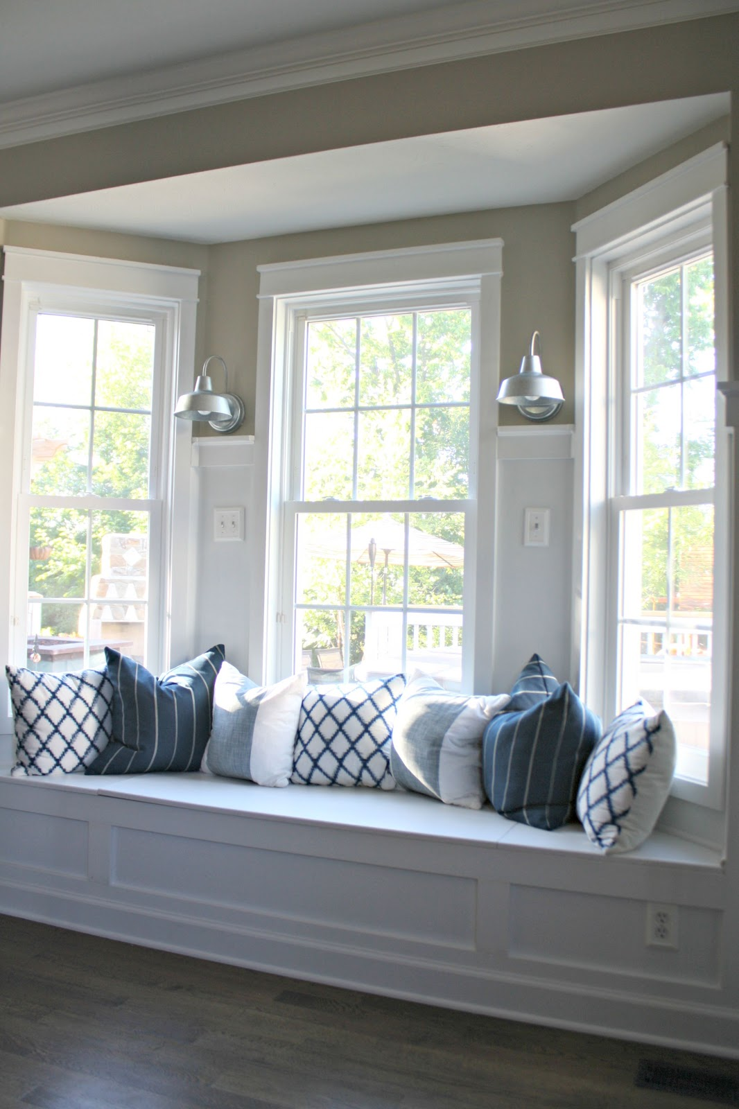 bay window seat