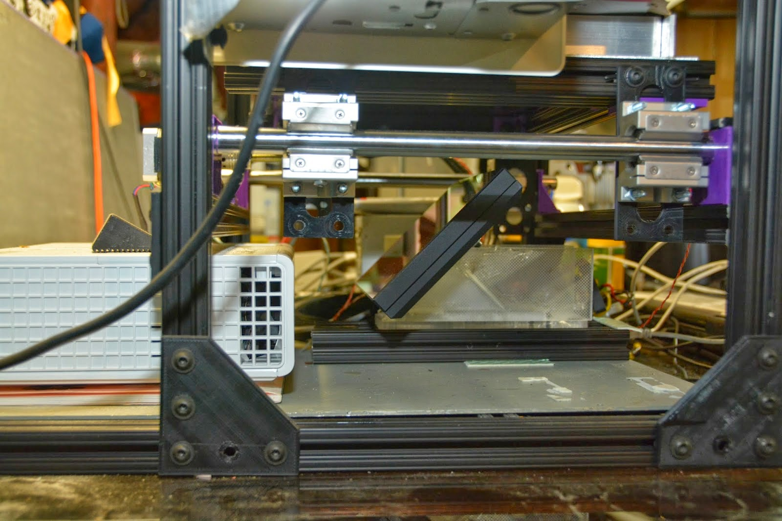 Aluminum frame diy 3d dlp printer by dan beaven article for 3d printer build plans