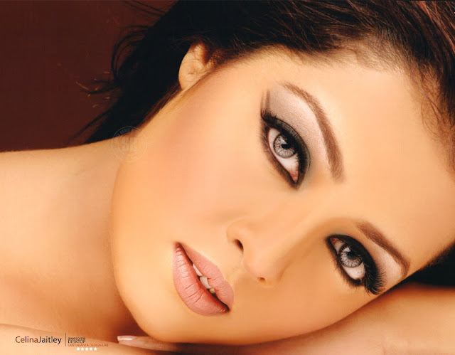 Celina Jaitley wallpapers
