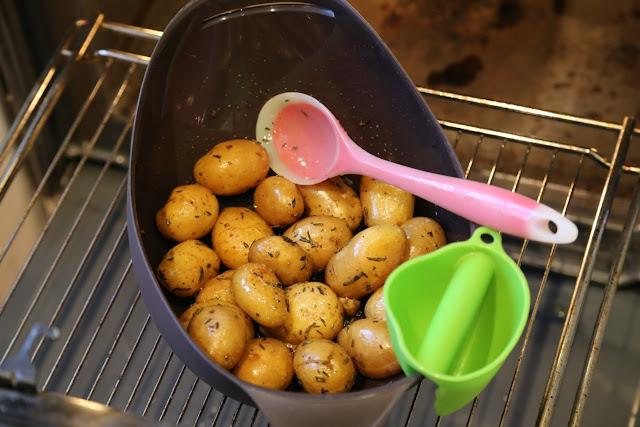 печеный картофель с розмарином силиконовая форма Lekue постные блюда