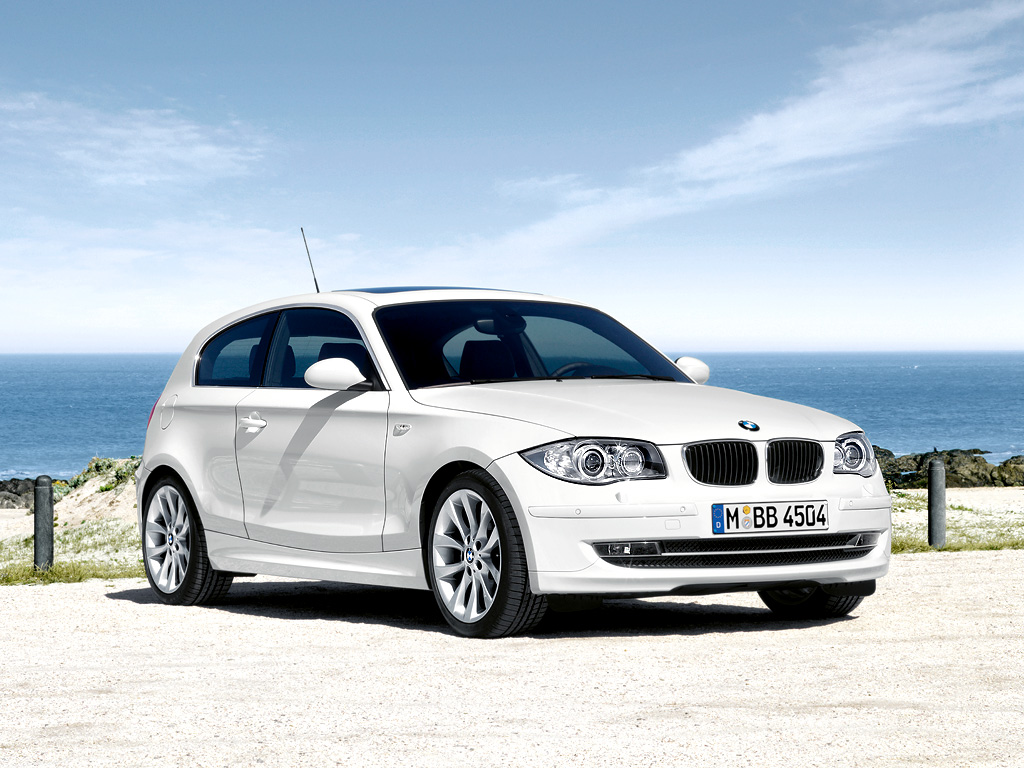 Bmw 1 series 3 door review luxury cars never die for 135i 3 door