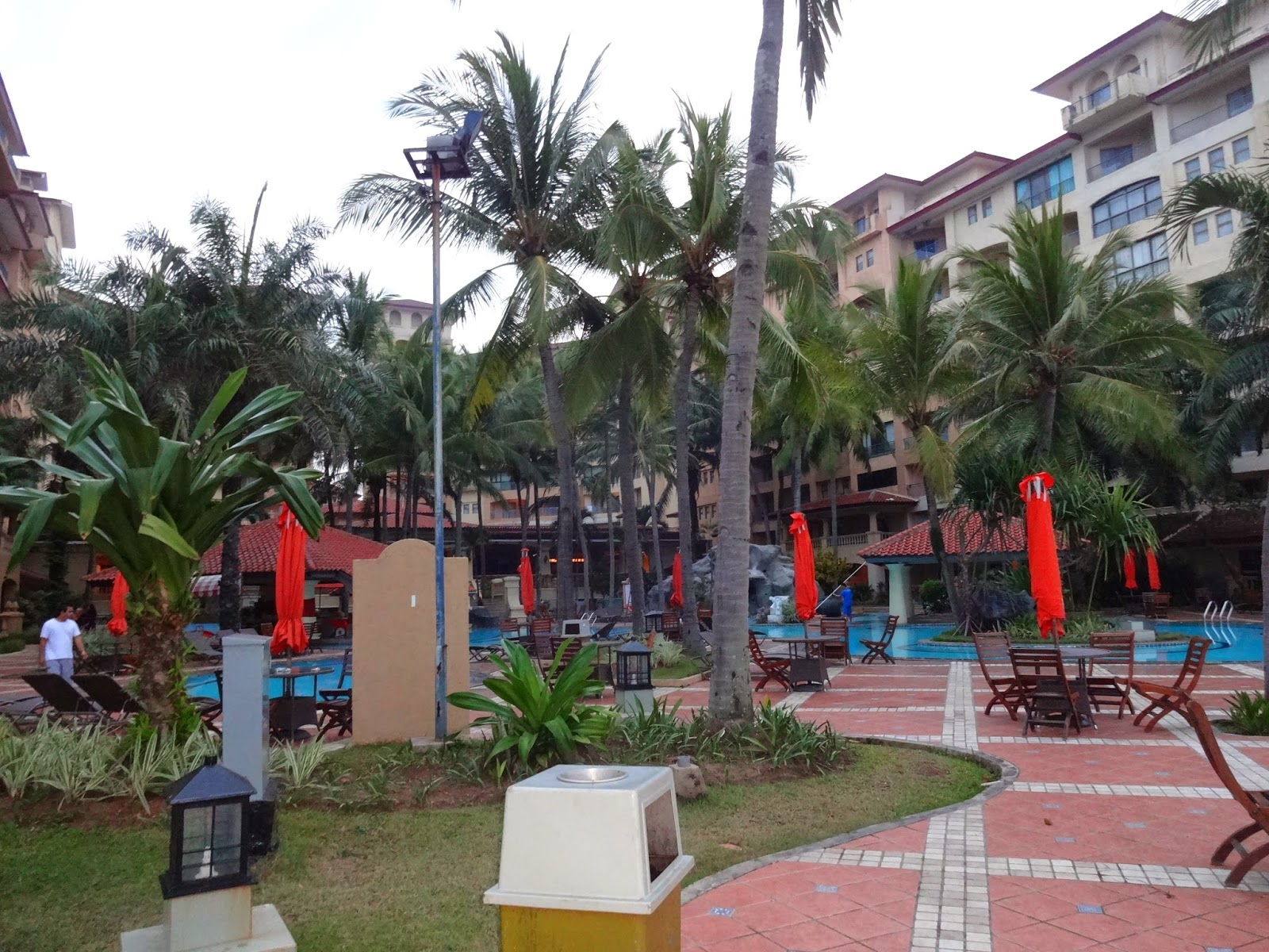 hotel marbella anyer