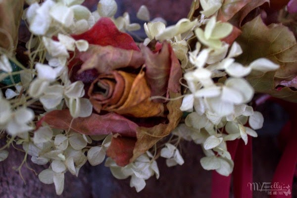 Fall Foliage Wreath/ This and That #driedflowers #leafroses