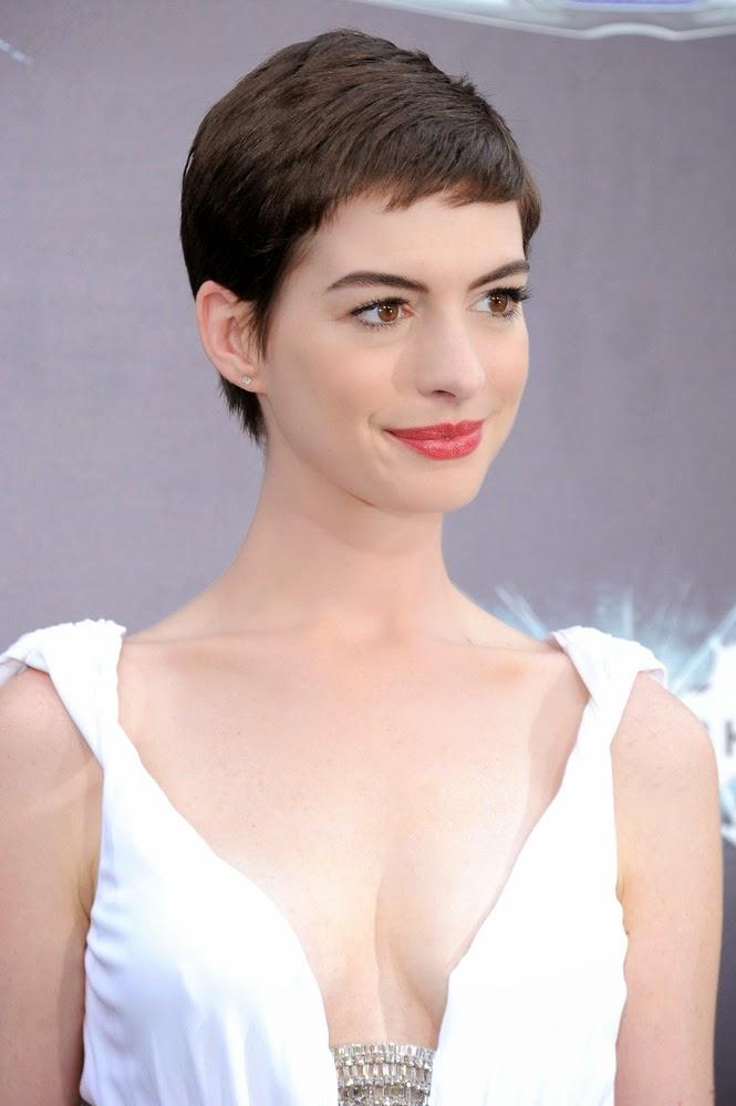 Anne Hathaway's Short Hair Style