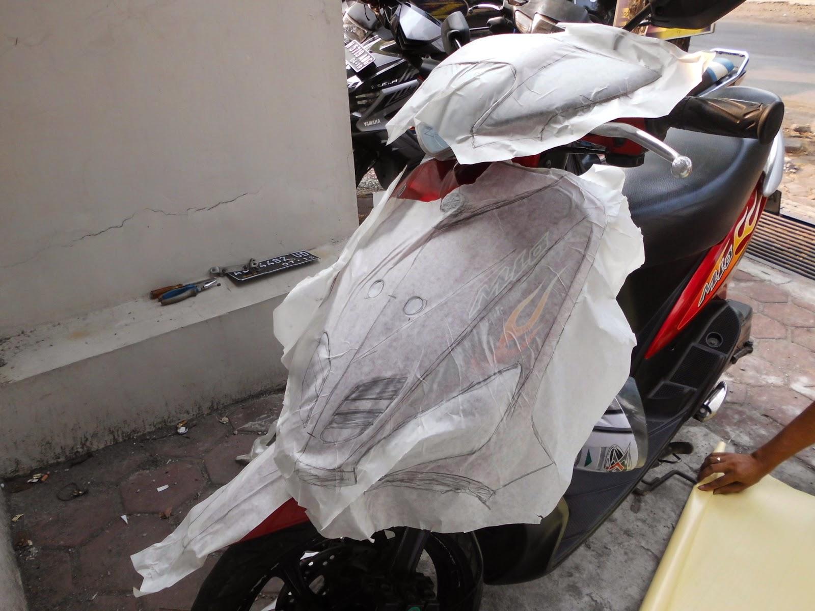 Mengintip Produksi Striping Motor Full Body Berkualitas Di Semarang Stiker Skotlet Scotchlite Aneka Warna By Digitive Lemuel Digital Automotive Barometer Sticker Apparel
