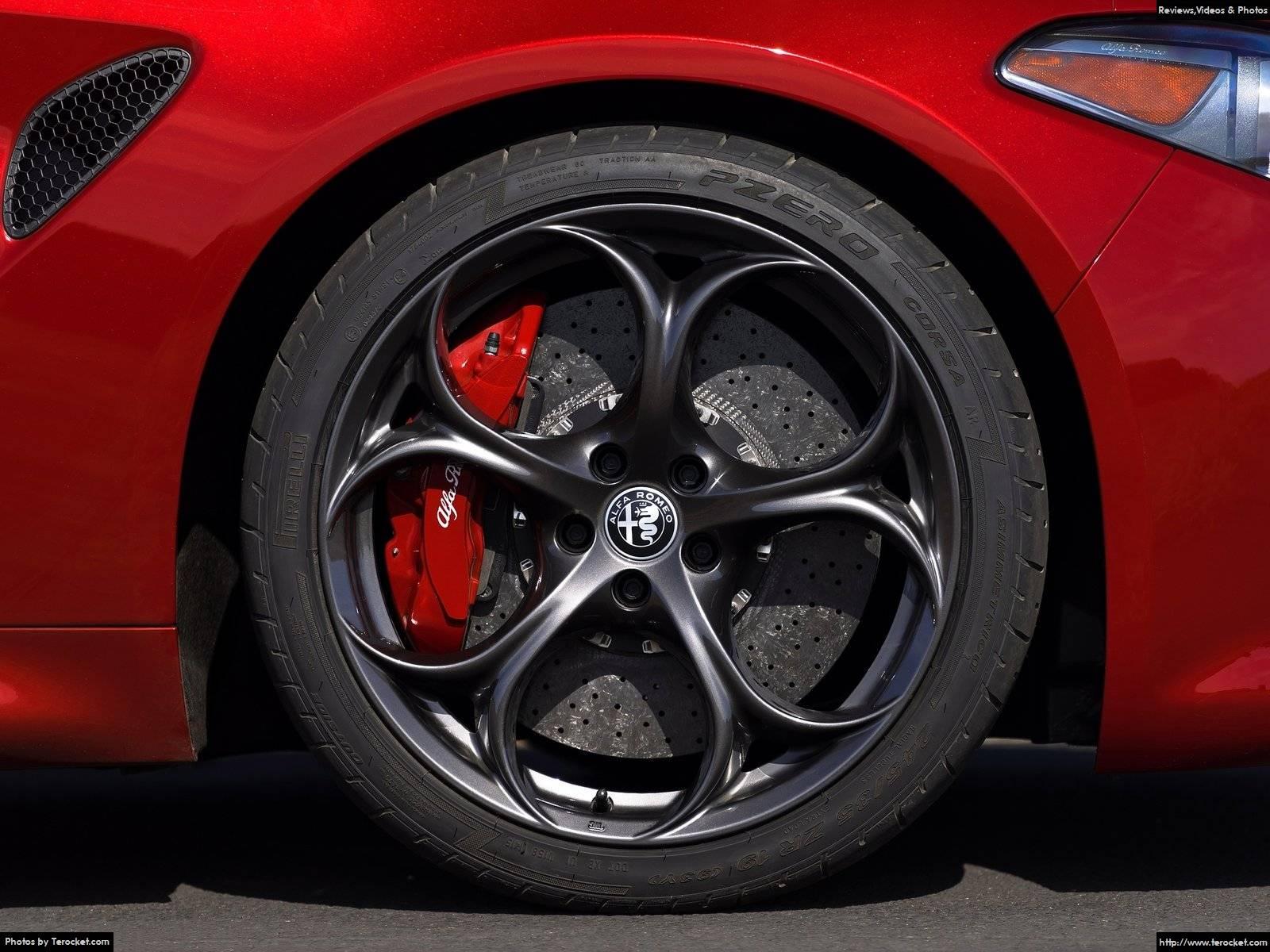 Hình ảnh xe ô tô Alfa Romeo Giulia 2016 & nội ngoại thất