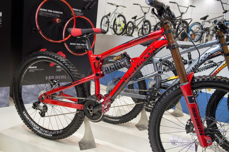 Bike News, Carbon Mountain Bike, Darmtmoor Hornet 2014, Event, Look Closer, New Bike, New Downhill Bike, Dartmoor Roots DH, Dartmoor DH