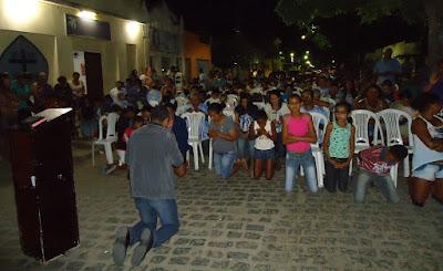 http://armaduracristaodo.blogspot.com.br/2015/08/cd-bencaos-missao-evangelizar-jonas.html