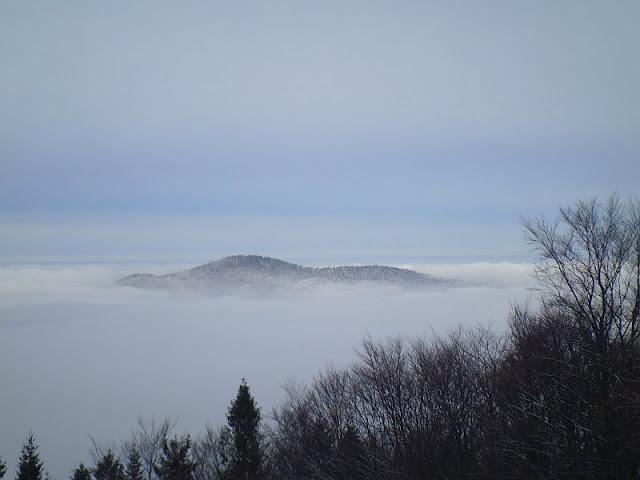 Morze mgieł ze Śnieżnicy.