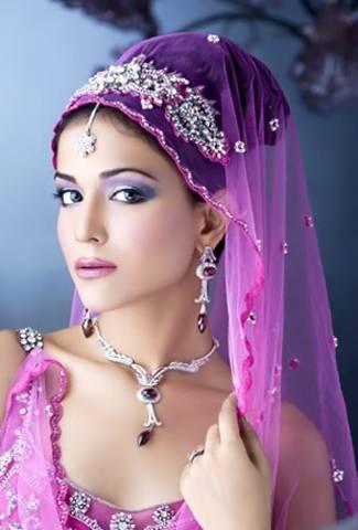 Humaima Mali - Attractive Pakistani Girl